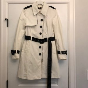 Bebe women's trench coat